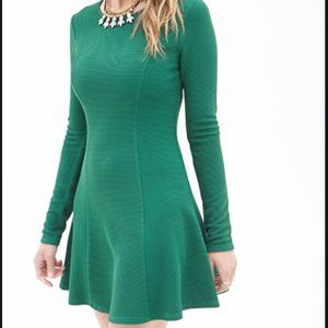 Forever 21 size  Small Green Contemporary Matelass